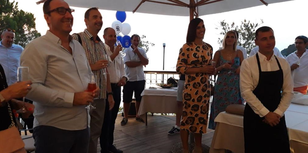 Svečana večera restoran Hrast Poreč Premium Yacht Insurance