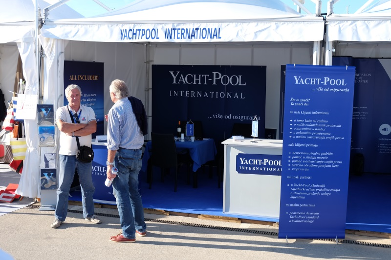 Yacht-Pool booth 19.0 BBS