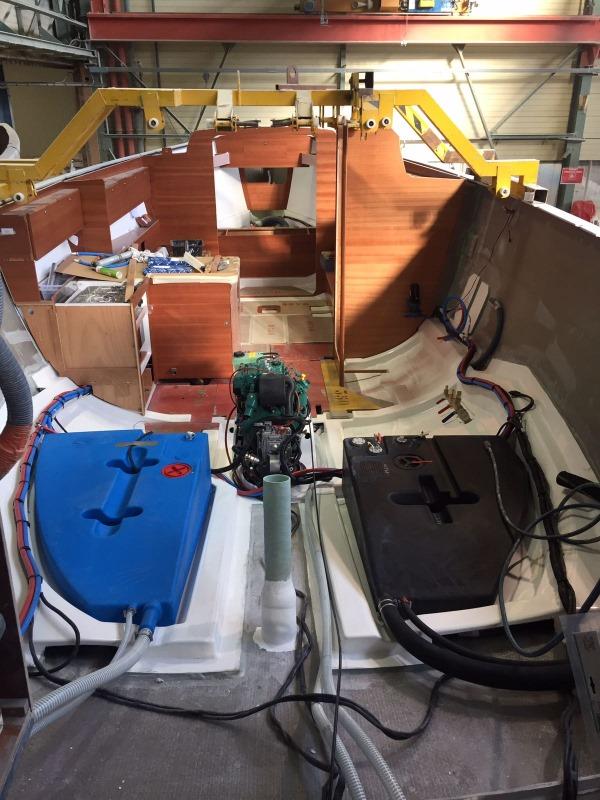 Studijsko putovanje Dufour Francuska Yacht-Pool jedrilica u gradnji