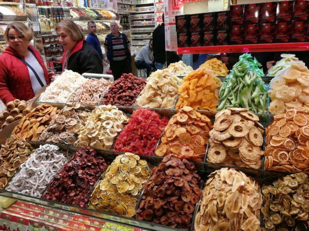 PYI Istanbul bazar
