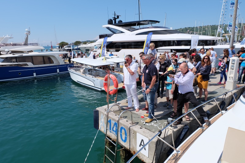 Internautica 2016. Safety at Sea Yacht-Pool
