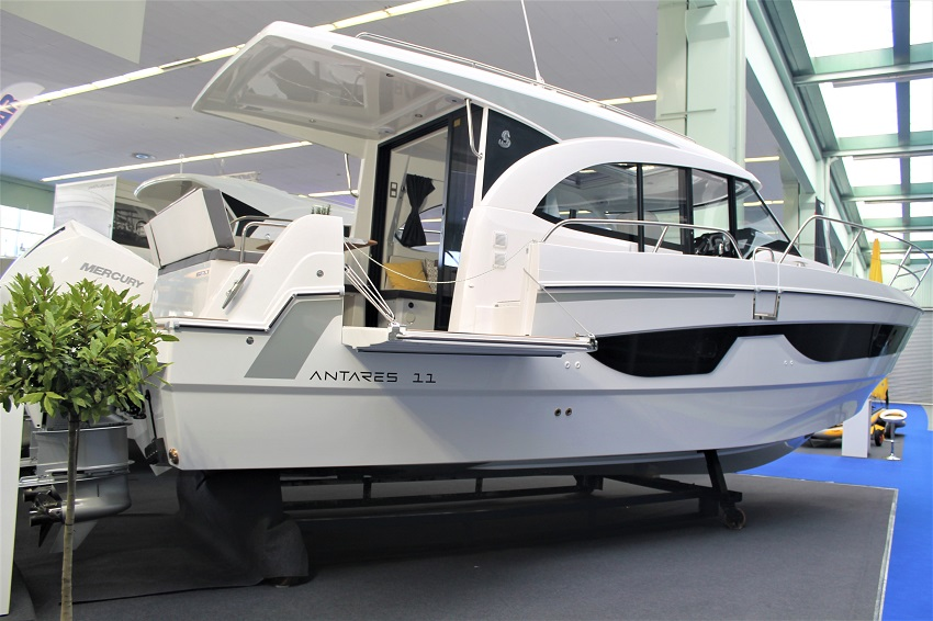 Zagreb boat show 2020 Beneteau Antares 11